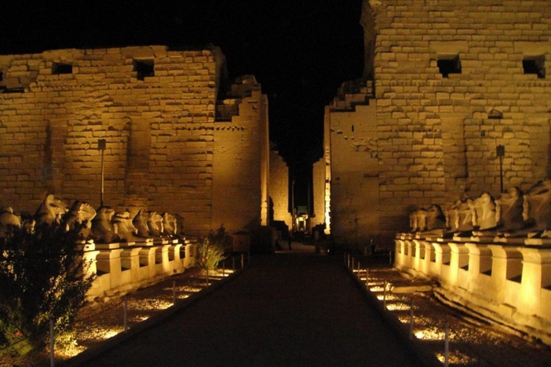 Luz y Sonido Espectáculo Karnak-www.visitasguiadasegipto.com
