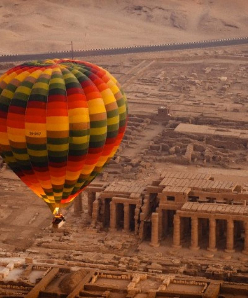 Paseo en Globo por Luxor-www.visitasguiadasegipto.com
