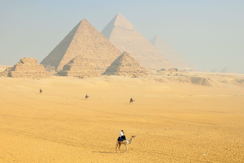 Ver las Pirámides-www.visitasguiadasegipto.com