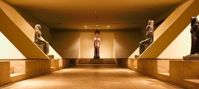 Sala del Museo de Luxor-www.visitasguiadasegipto.com