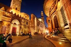Noche Cairo-www.visitasguiadasegipto.com