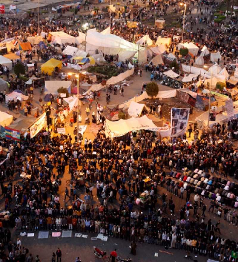 Plaza Tahrir-www.visitasguiadasegipto.com