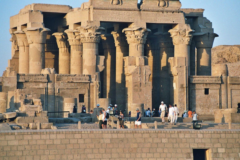 Visita Luxor-www.visitasguiadasegipto.com