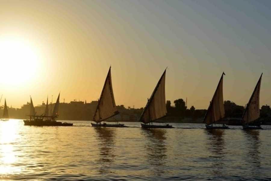 Navegar por El Nilo-www.visitasguiadasegipto.com