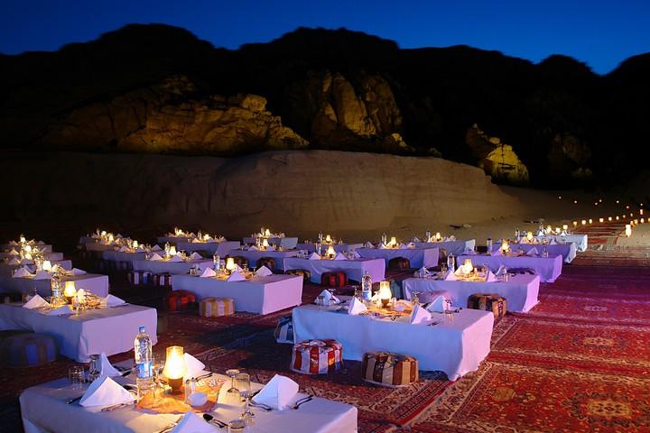 Cena espectáculo -www.visitasguiadasegipto.com