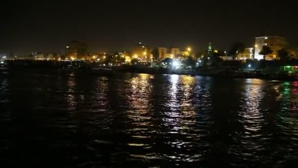 Noche El Nilo-www.visitasguiadasegipto.com