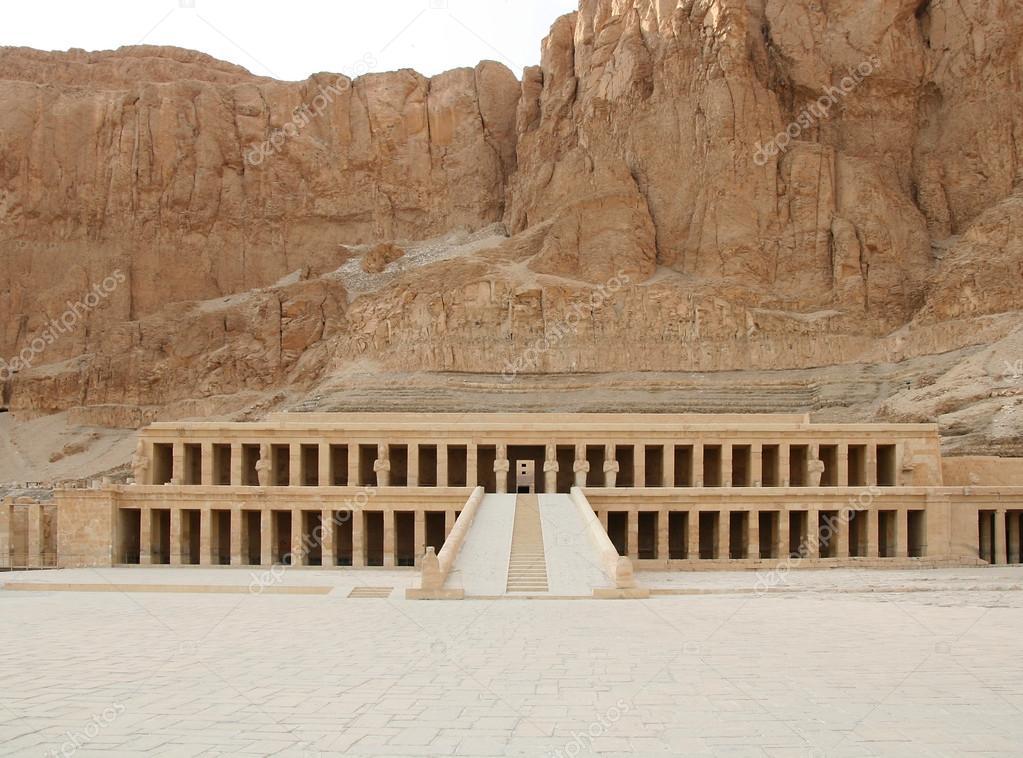 Hatshepsut-www.visitasguiadasegipto.com