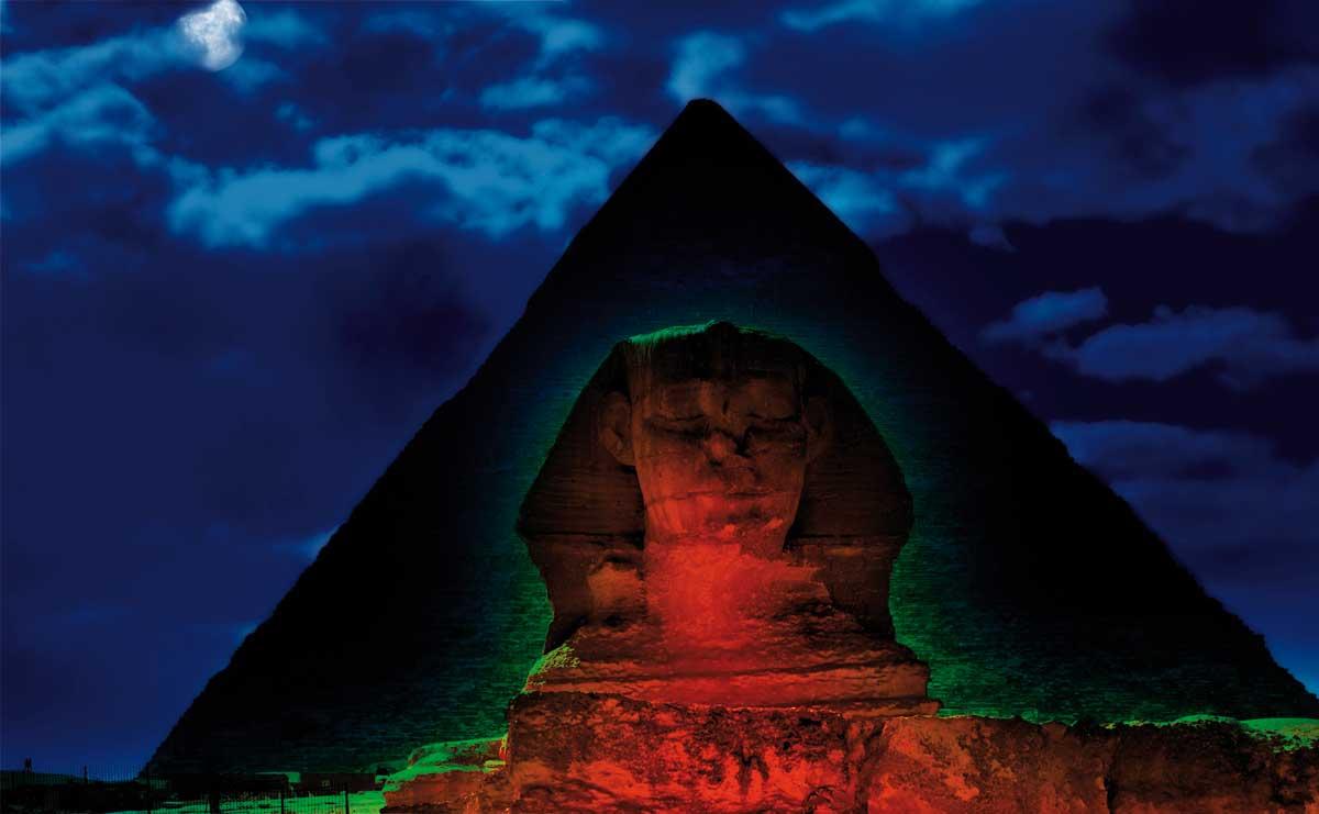 Esfinge de Noche-www.visitasguiadasegipto.com