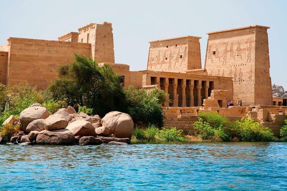 Templo de Philae en Aswan-www.visitasguiadasegipto.com