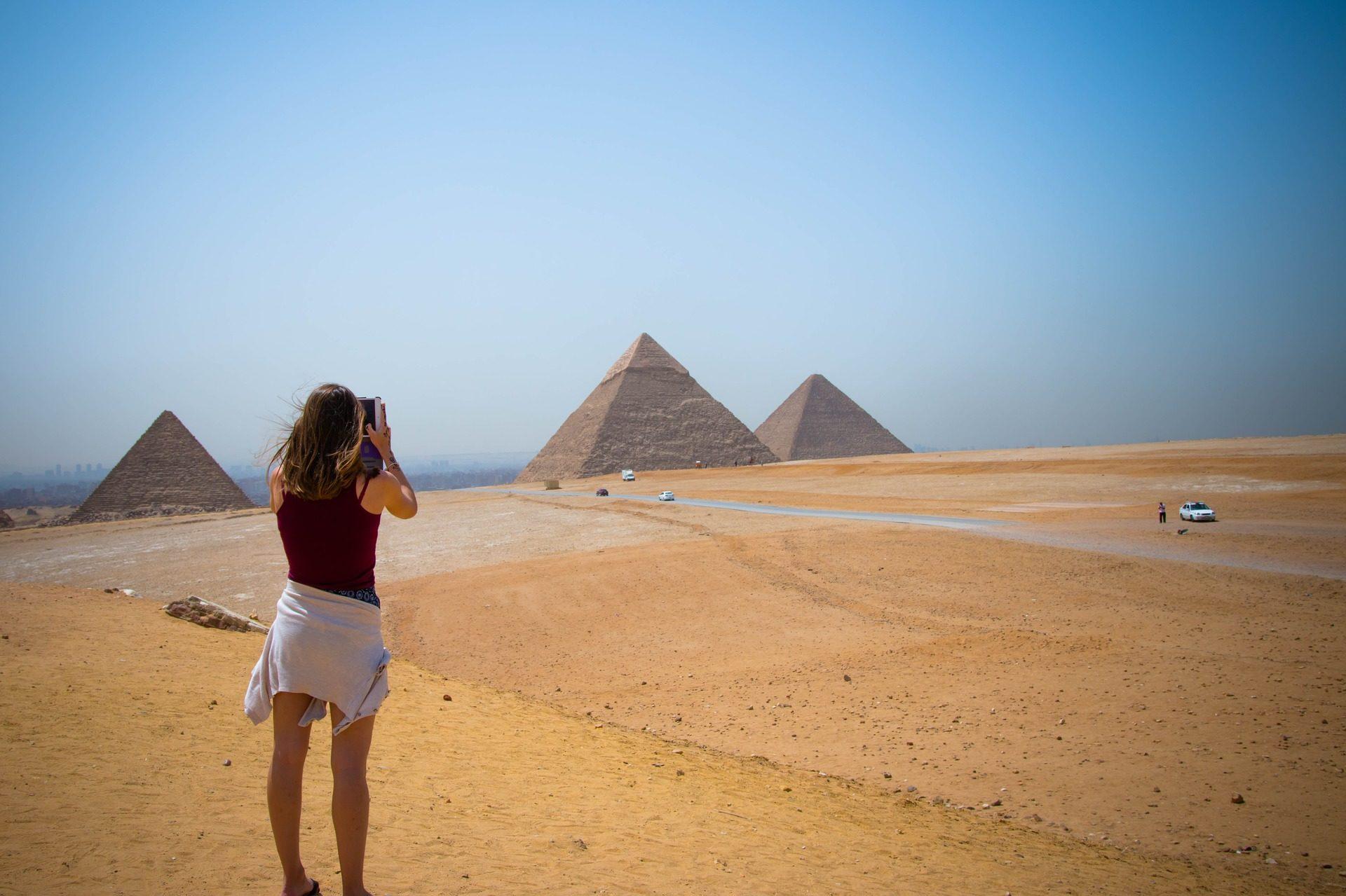 Pirámides Egipto-https://visitasguiadasegipto.com
